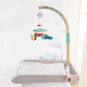 Hape - Музикална въртележка за легло