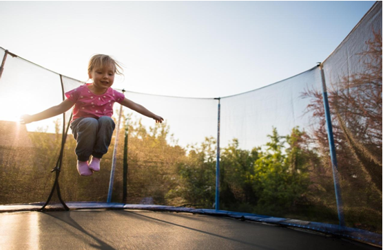 Как да изберем батут за дете?