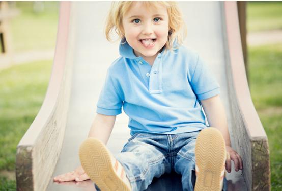 Детски басейн, детска площадка или батут?