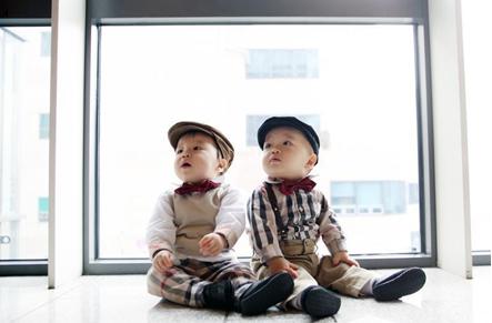 Видове колички за близнаци